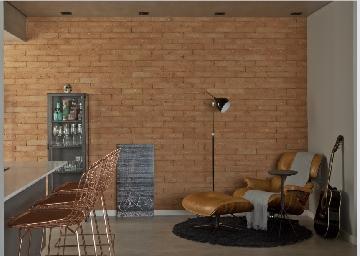 Projeto de Bruno Moraes com luminária da Tok&Stok