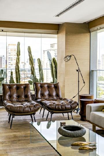 Apartamento com projeto da arquiteta Vanessa Féres.