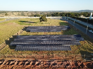 Usina Fotovoltaica, implementada pelo empresário Leonardo Canedo no All Park.