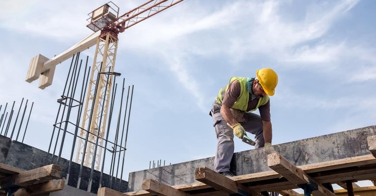 Confiança na indústria da construção é a maior dos últimos seis anos, diz pesquisa da CNI