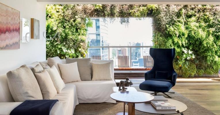 5 dicas essenciais para cuidar bem do seu jardim vertical